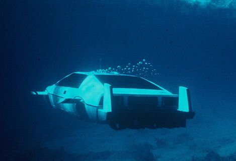 Bond Lotus Esprit